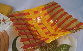 decor red yellow strips dish
